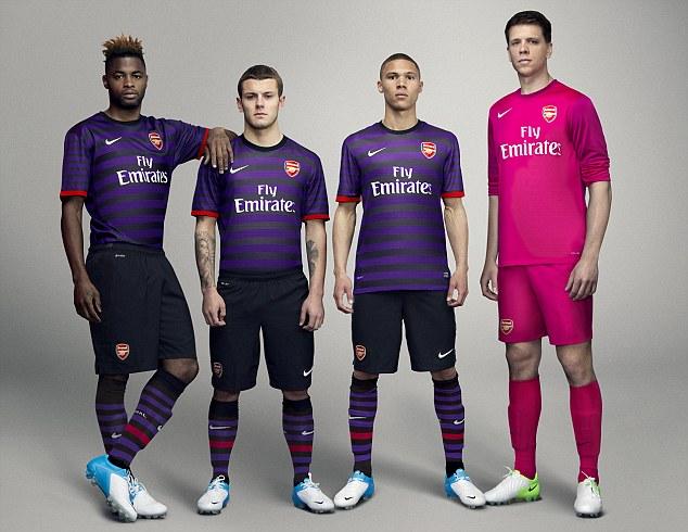 Los 17 uniformes de equipos europeos mas Bonitos - Futbol Hoy ... c2e0b4b63dd4a