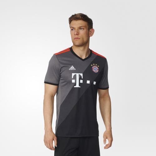 uniforme-bayer-munich-visitante-2016-2017